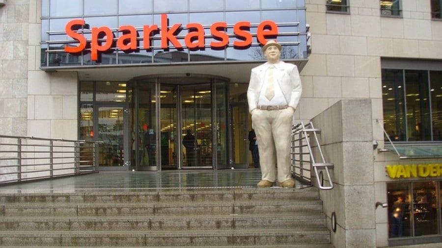 Die Sparkasse: eine gro�e Bank auch f�r Privatkunden