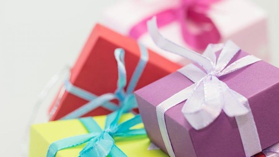 Weihnachtsgeschenke mit Finanzaspekt